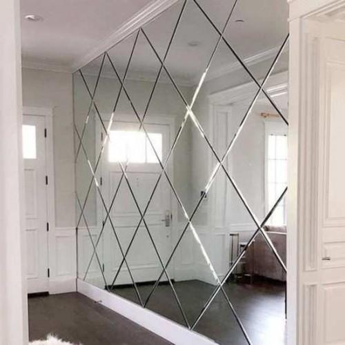 Зеркальное панно для коридора ромбы
